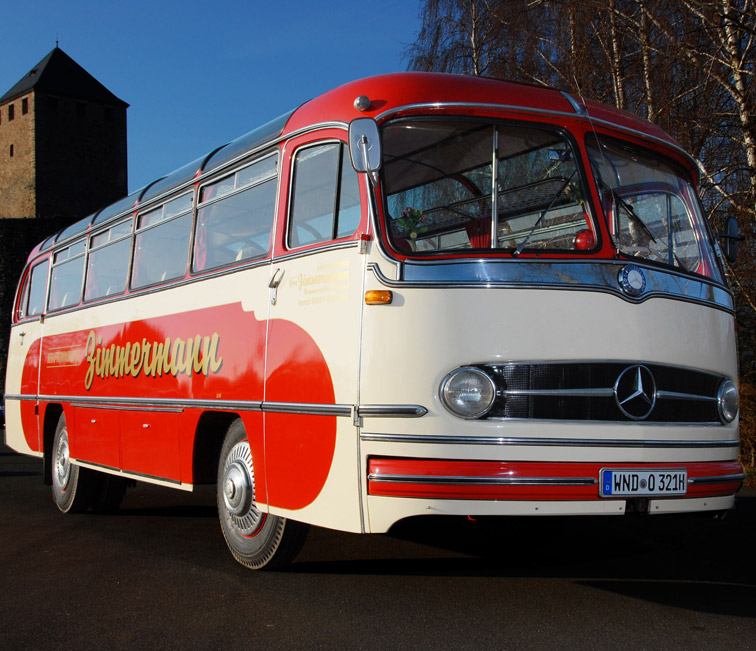 kraftomnibusse zimmermann oldtimerbus mieten bus mieten saarland busverleih saarbr cken home. Black Bedroom Furniture Sets. Home Design Ideas